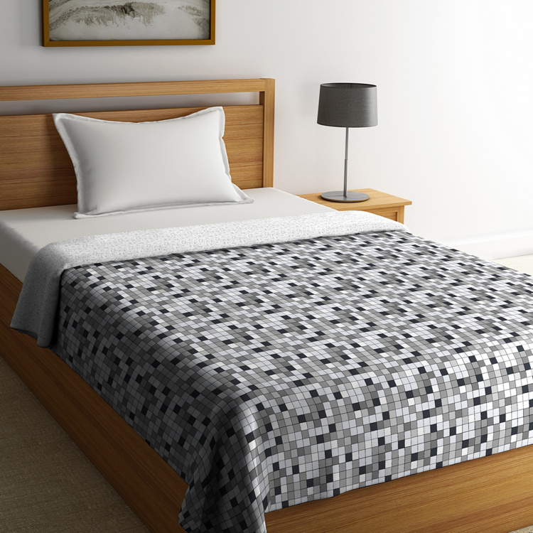 PORTICO Hashtag Printed Reversible Single Bed Comforter - 152 x 224 cm