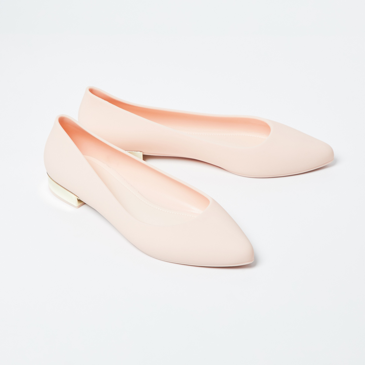 GINGER Solid Pointed-Toe Ballerinas