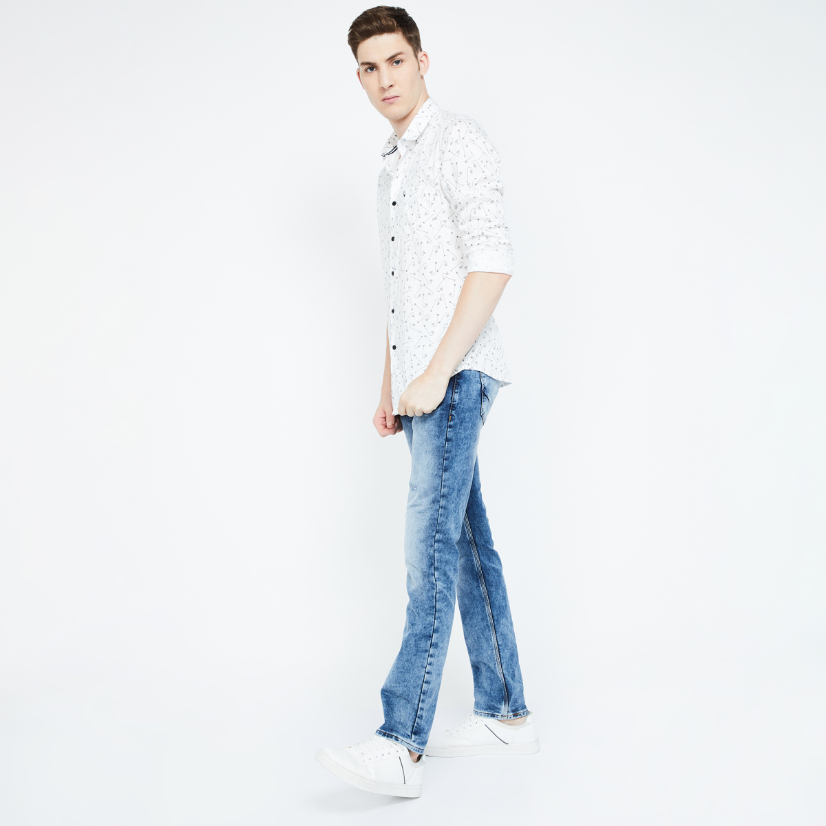 LP JEANS Matt Stonewashed Slim Tapered Fit Jeans